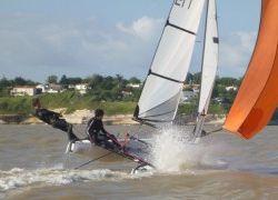 Filière jeune et format international du catamaran de sport