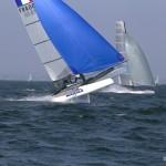 Un catamaran skimmer ça décolle. photo: Daniel La Salmonie